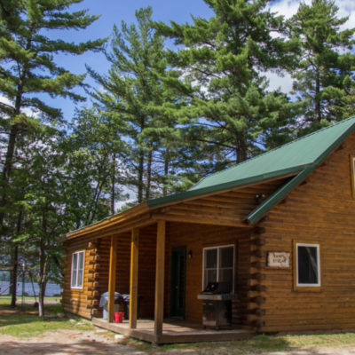 external photo of twin pines cabins building